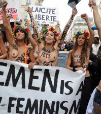 Manifestanti Femen